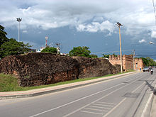 220px-Ancient_city_wall_and_Chang_Phueak_Gate_in_Chiang_Mai